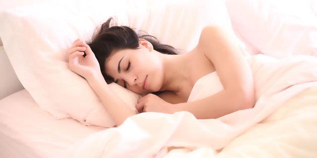 Schlank im Schlaf zum abnehmen - so geht es